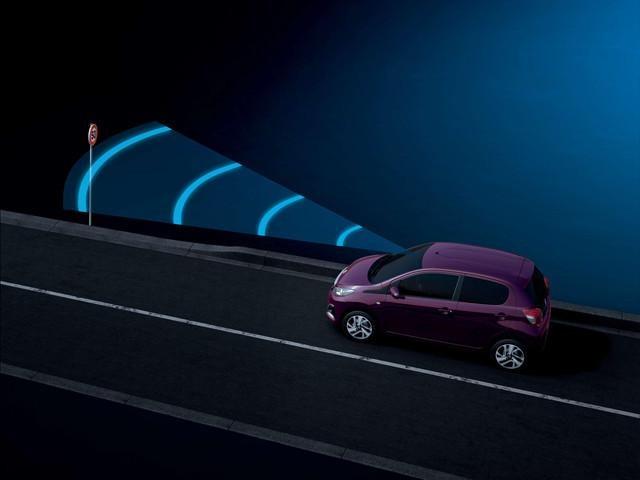 Riconoscimento dei segnali stradali