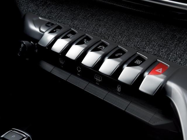 SUV Peugeot 3008 Interni