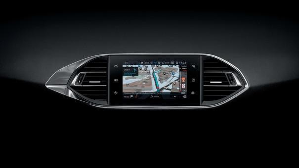Nuova PEUGEOT 308 SW – Touchscreen capacitativo – 3D Connected Navigation