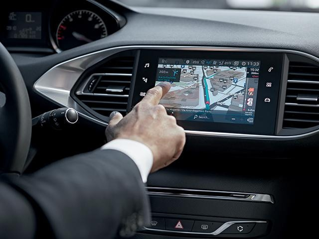 3D CONNECTED NAVIGATION