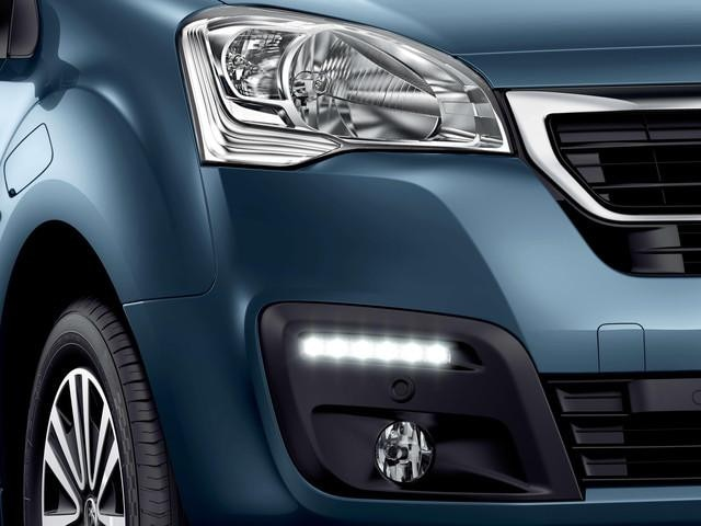 Fari diurni a LED - Nuovo PEUGEOT Partner Tepee Electric